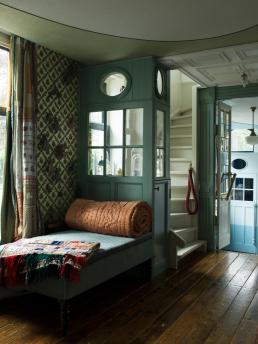 Helma Bongenaar's Home, day bed