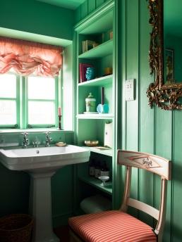 Luke Edward Hall's bathroom